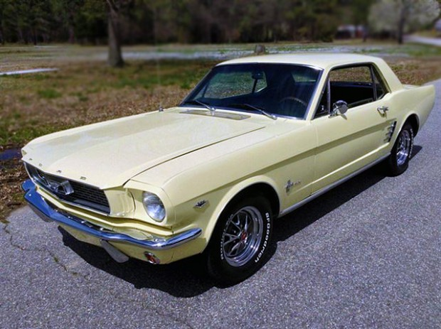 1966FordMustangCoupe5676