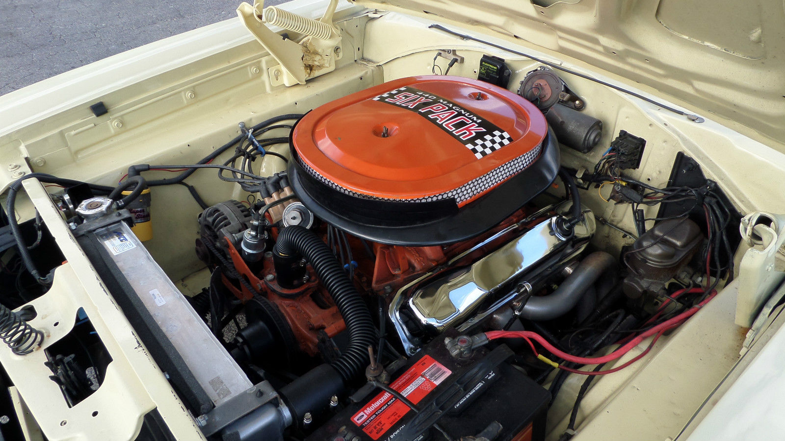 1970 Dodge Coronet SUPER BEE 440 SIX PACK - Muscle Car