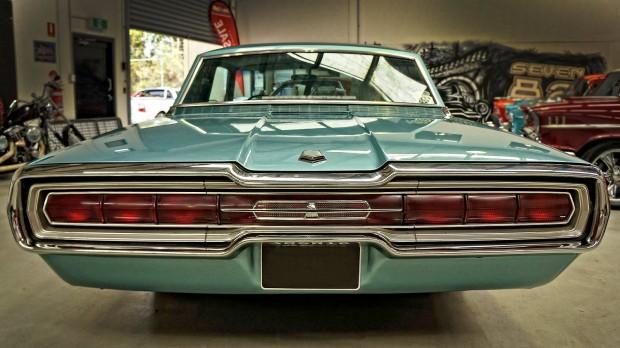 1966 Ford Thunderbird3