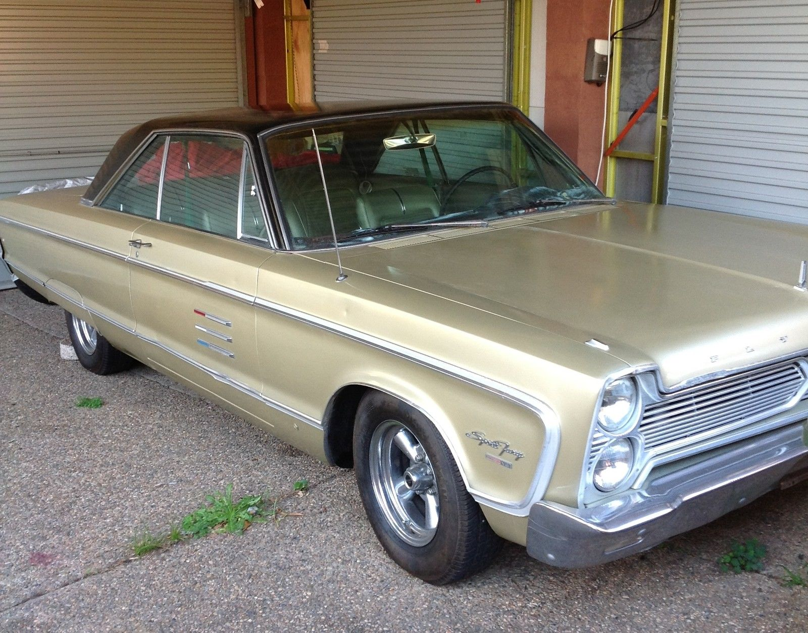 1966 PLYMOUTH FURY SPORT COUPE V8 383