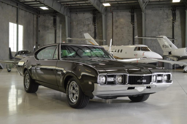 1968 Oldsmobile Cutlass 442 Holiday Coupe2