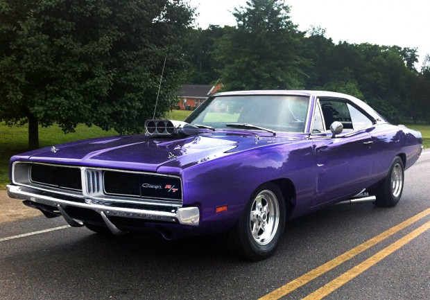 1969-Dodge-Charger-Plum-Crazy-600-hp - Muscle Car