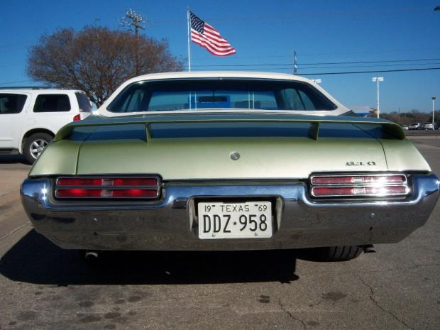 1969 Pontiac GTO Hardtop Coupe-11