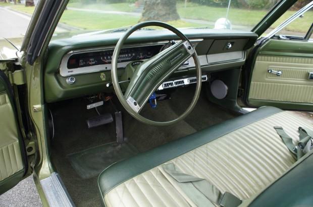 1970 Dodge Dart SWINGER 318 230HP V8 COUPE -17