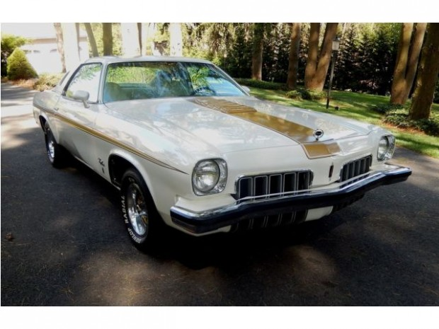 1973 Oldsmobile Cutlass Hurst2
