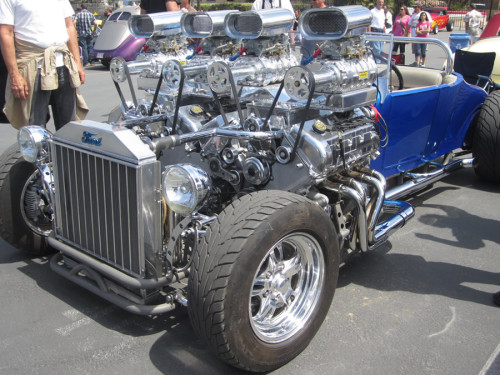 Hot Rod FOUR Superchargers3