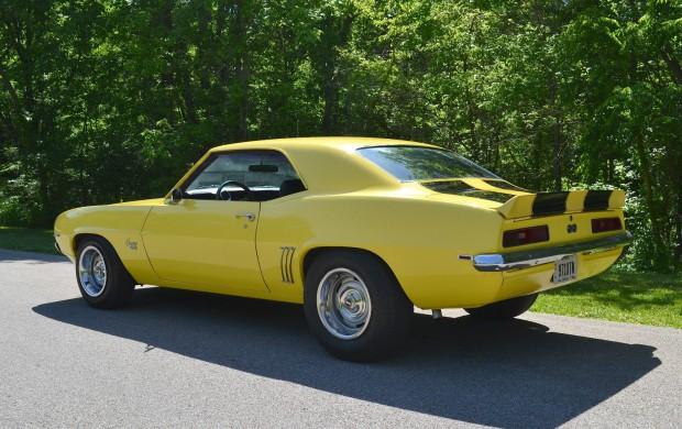 1969 Chevrolet Camaro SUPER SPORT-121