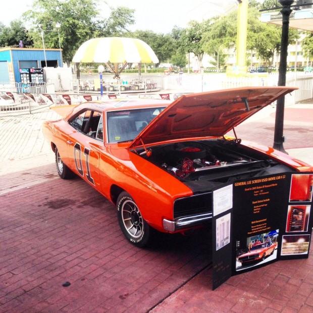 1969-Dodge-Charger-General-Lee-Movie-car-17435345