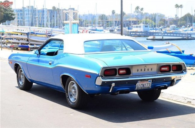 1972 Dodge Challenger Coupe2