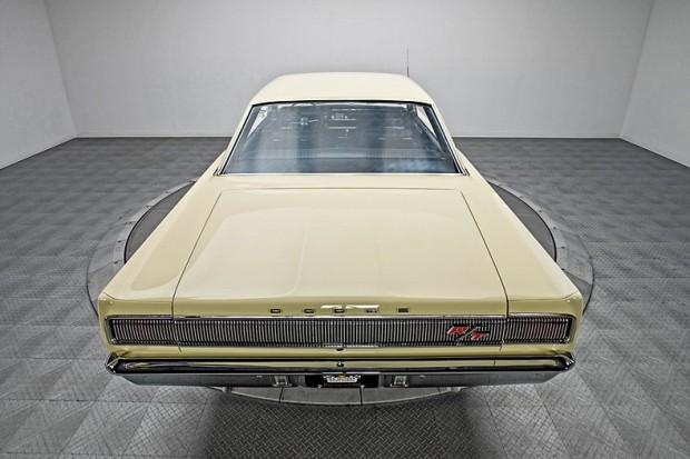 1967-Dodge-Coronet-R-T-fdgj14