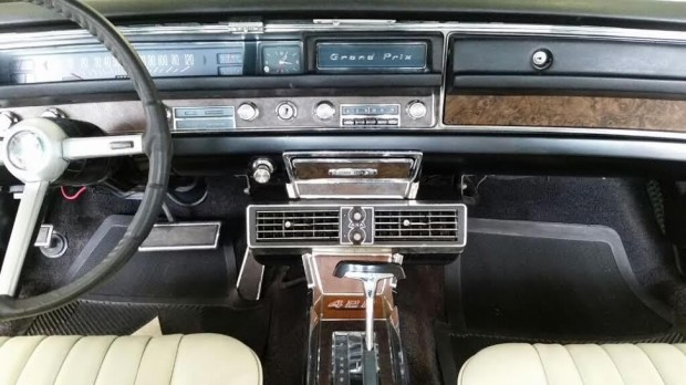 1968 Pontiac Grand Prix-151