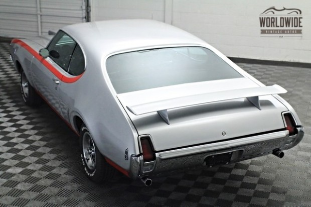 1969 Oldsmobile 442 HURST TRIBUTE-12