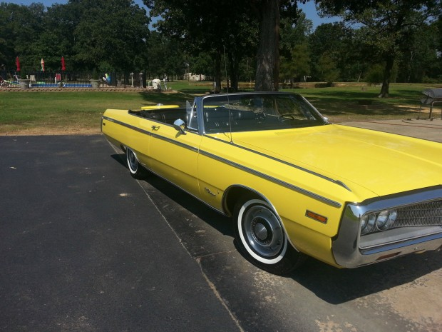 1970 Chrysler Newport-11