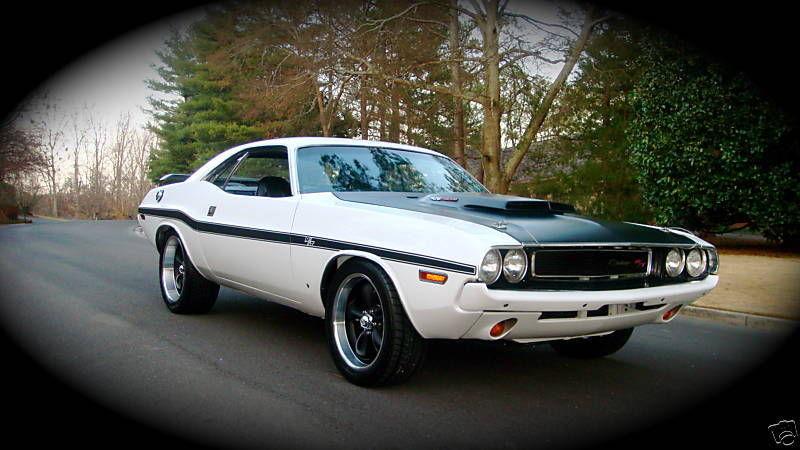 1970 Dodge Challenger11