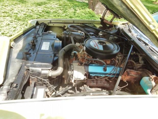 1971Oldsmobile98LSSedan-fgfg12