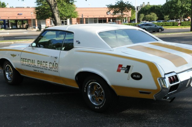 1972 Oldsmobile Cutlass-12