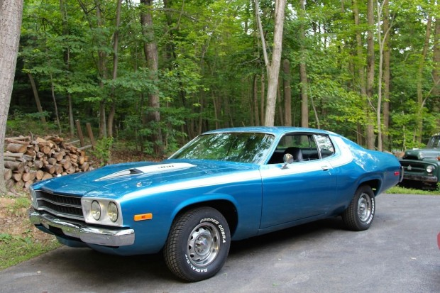 1974 Plymouth Road Runner-11