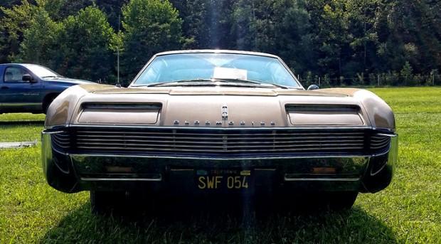 1966OldsmobileToronado-sada13