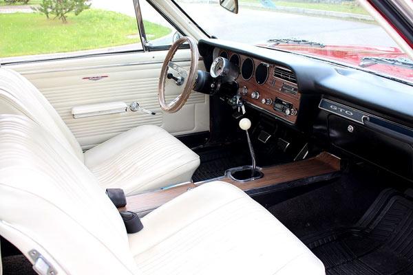 1967PontiacGTO-fgbl14