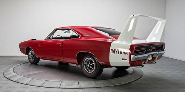 1969-Dodge-Charger-Daytona_dfgdfkgjh145345