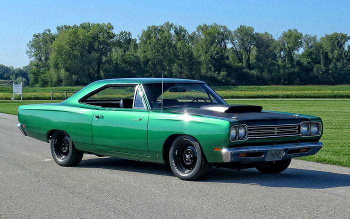1969-Plymouth-Road-Runner-a12-FGDF142