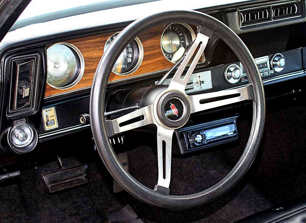 1972-Oldsmobile-Cutlass-442-W-30-sdfgh1244