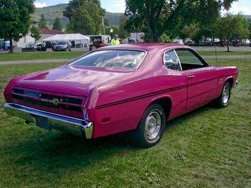 1970-Plymouth-Duster-340-dfgkjg134