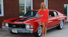 1972 Chevy Chevelle SS Girl