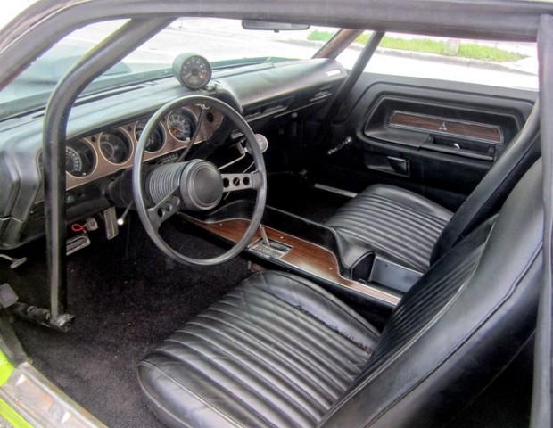 1973-Dodge-Challenger-rgkegh141