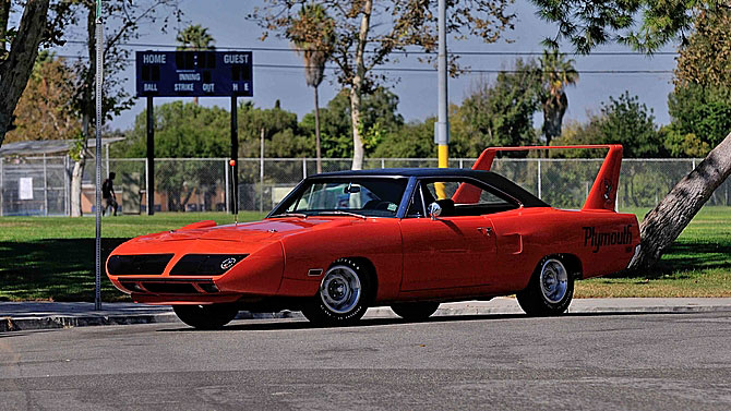 1970-Plymouth-Superbird-45t6yt11