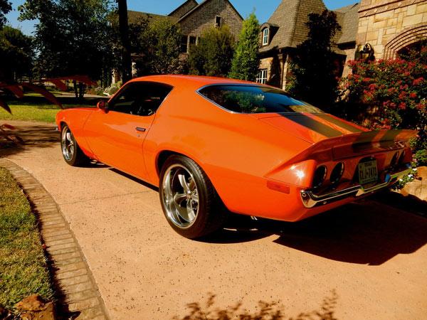1972-Chevrolet-Camaro-PRO-TOURING12