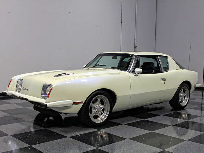 1982-Studebaker-Avanti-II,-383-V8,-One-Of-A-Kind1234234