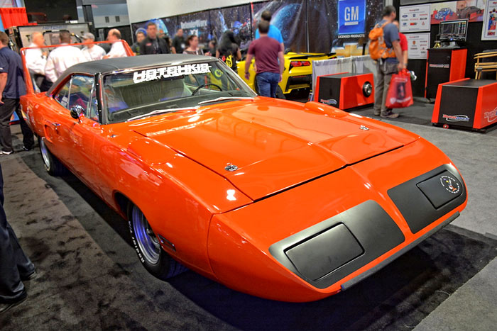 SEMA-2014-Hotchkis-1970-Plymouth-Superbird