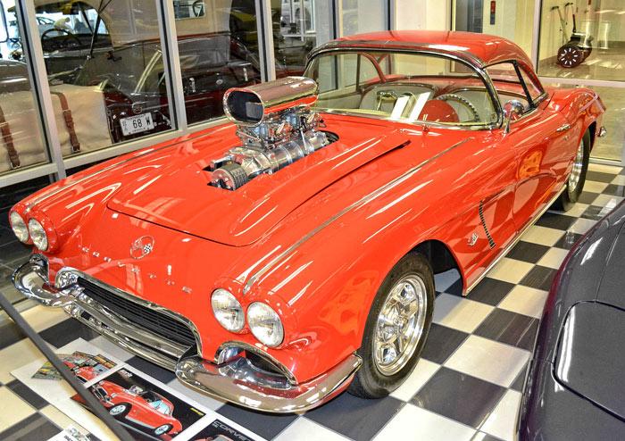 1962-Chevrolet-Corvette-468-11