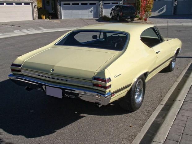 1968-Pontiac-Beaumont-unique-and-rare-Canadian-muscle-1345345