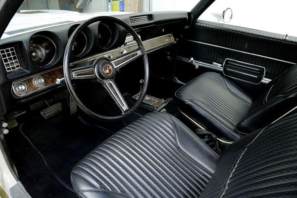1969-Oldsmobile-Hurst-Prototype-13