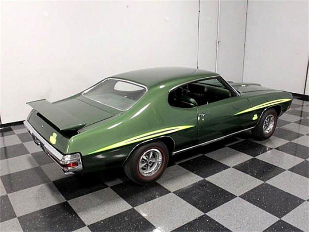 1970-Pontiac-GTO-The-Judge-Canadian-Built-12