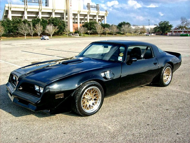 1981-Pontiac-Trans-Am-RESTOMOD-134654564