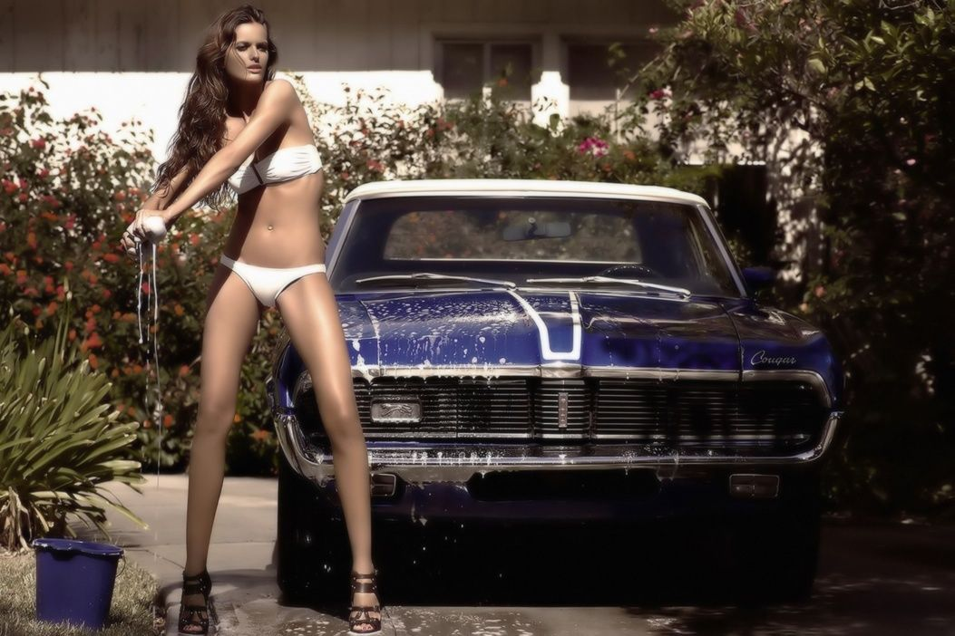 Mercury Cougar Hot Girl