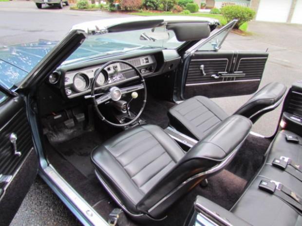 1966 Oldsmobile Cutlass-1