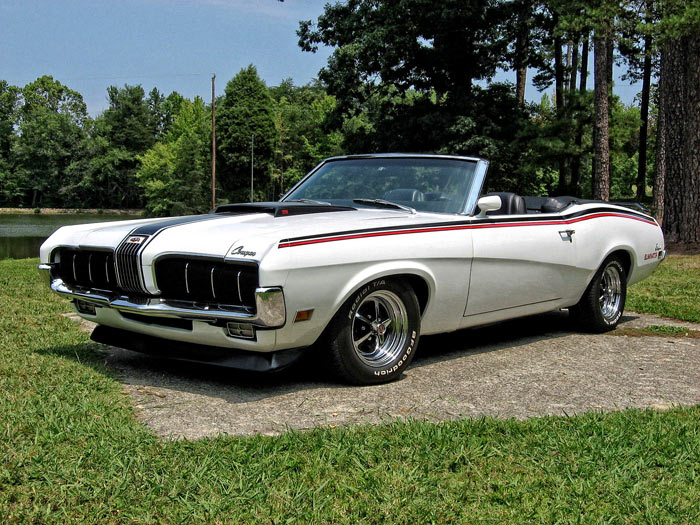 1970-Mercury-Cougar-XR-7-Convertible-11