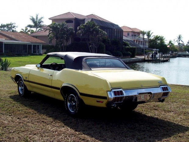 1972-Oldsmobile-442-Convertible-1