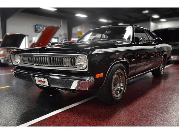 1972-Plymouth-Duster-340-H-Code-Car