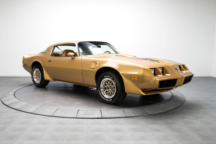 Restored 1979 Pontiac Firebird Trans Am 403 3 Speed1
