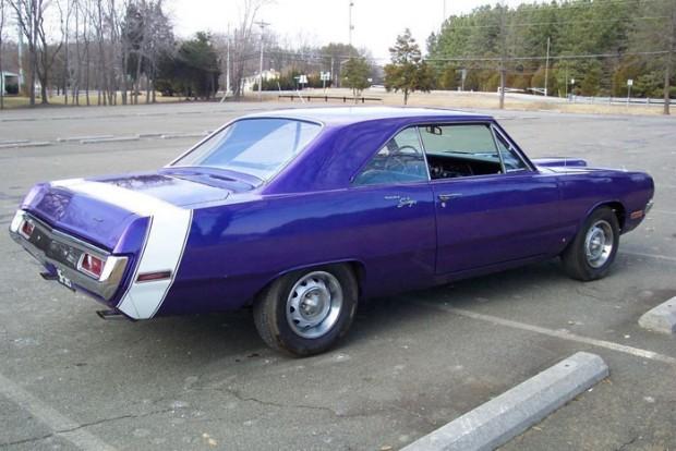1970-Dodge-Dart-Swinger-340-12