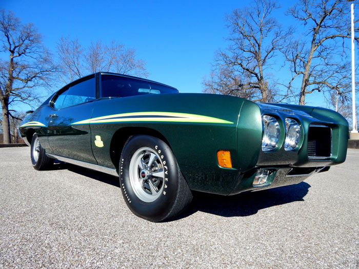 1970-Pontiac-GTO-Judge-1-of-452-1