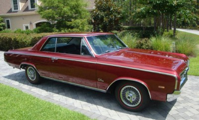 1964-Oldsmobile-442-Holiday-Coupe