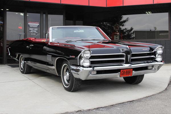 1965-Pontiac-Catalina-Convertible-V8-11