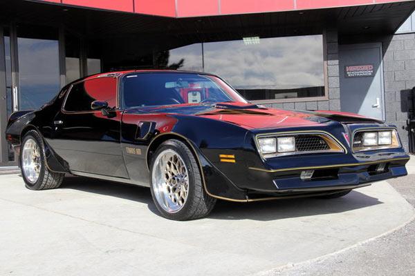 1977-Pontiac-Trans-Am-1-of-180-Special-Edition-11