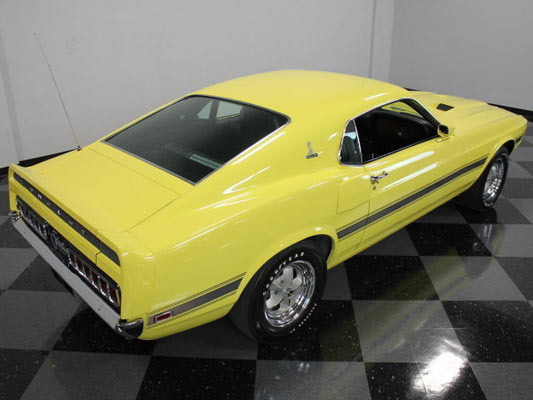 1969-Ford-Mustang-Shelby-GT350-13